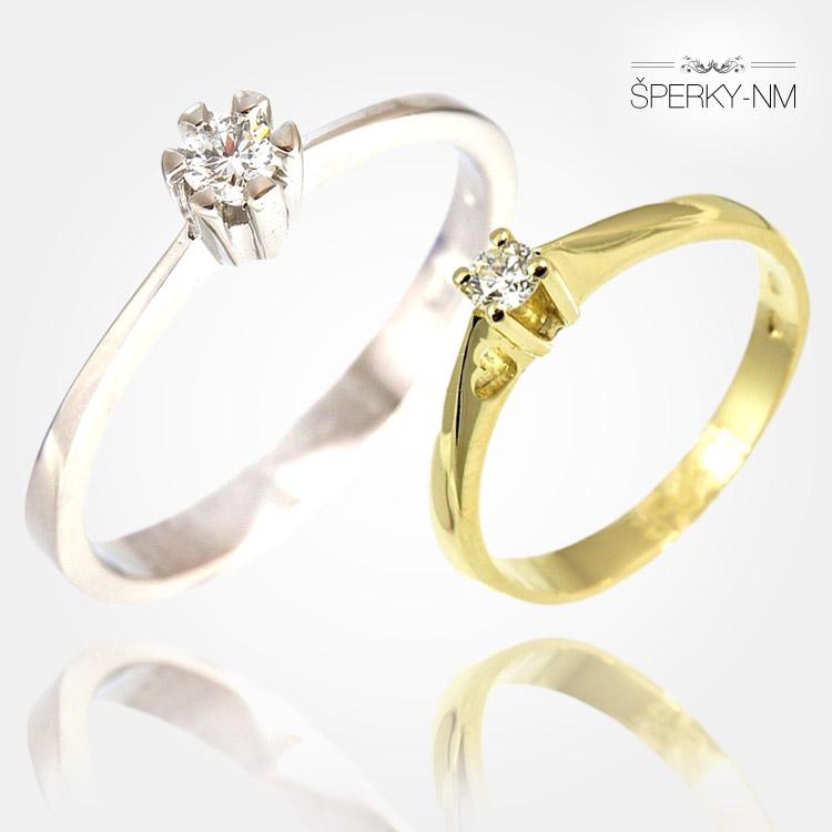 Zásnubní prsteny mají být ze zlata – bílého, nebo žlutého. Platí pravidlo, že by měly mít alespoň jeden bílý kámen – diamant nebo levnější zirkon.