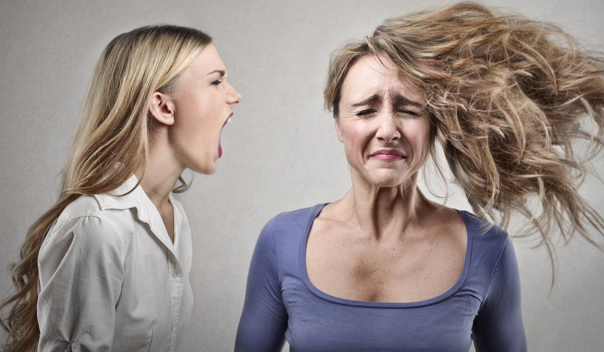 Ani extrémně suché vlasy vás už nemusí přivádět k šílenství! V testu vám poradím, jak používat vlasový elixír Frais Monde Hydro Toning Elixir na extrémně suché vlasy. Jak se mi jeho používání osvědčilo už nejspíš tušíte.
