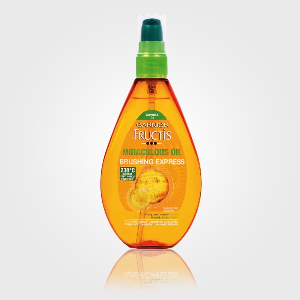 Speciální vlasový olej Garnier Miraculous Oil Brushing Express, cena: 169,90 Kč  / 6,79 EUR