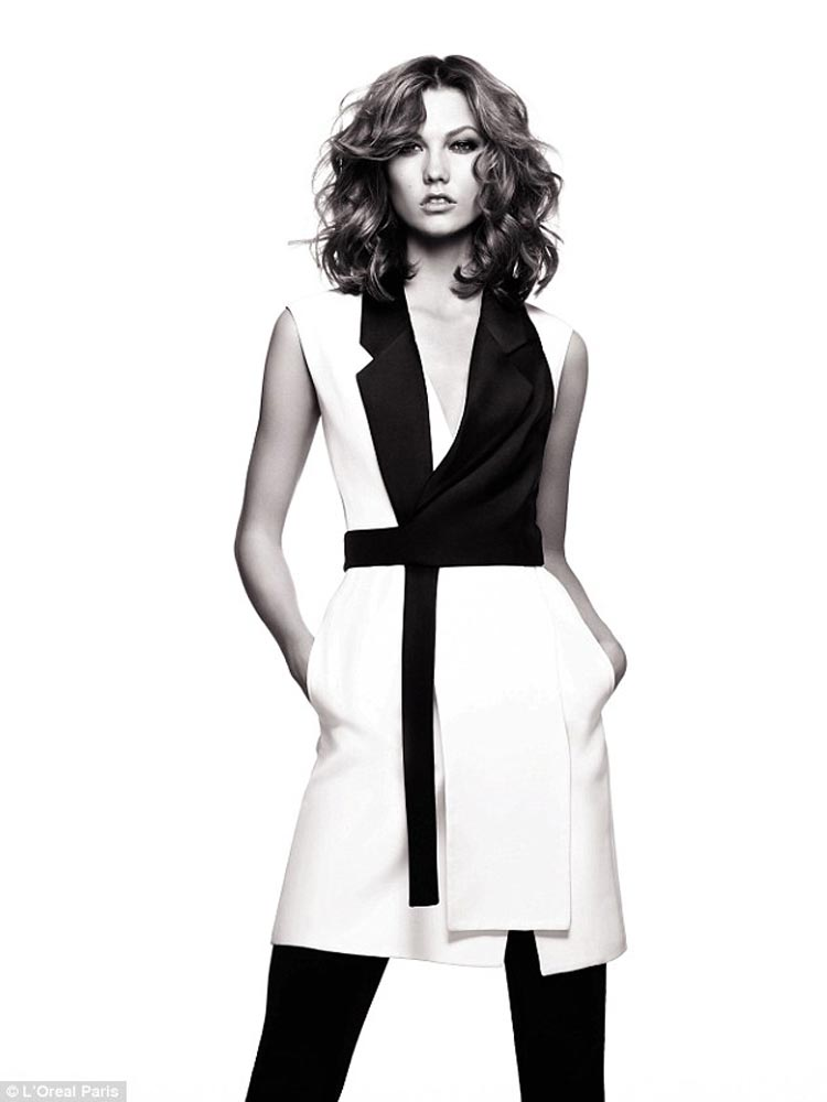 Karlie Kloss získala s novým účesem zcela novou image.