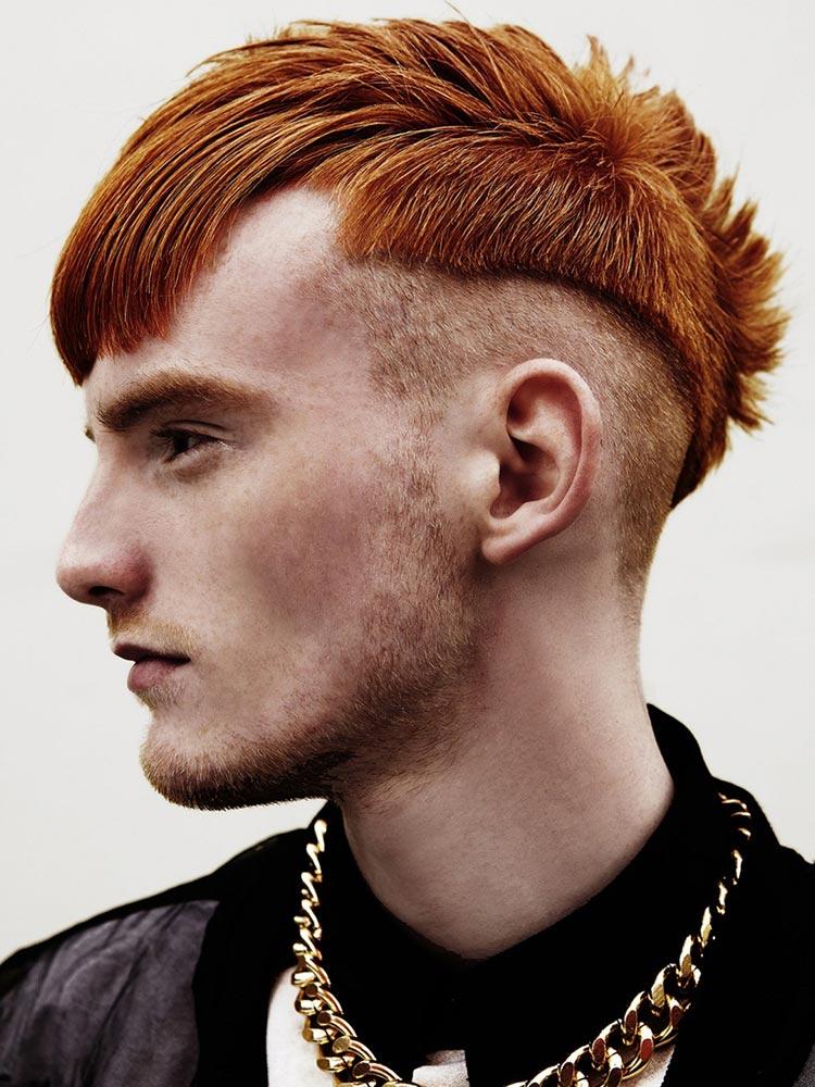 Výrazný střih v punk stylu a nepřehlédnutelná barevnost charakterizují kolekci účesů Rocco inspirovaných moderním punkem.