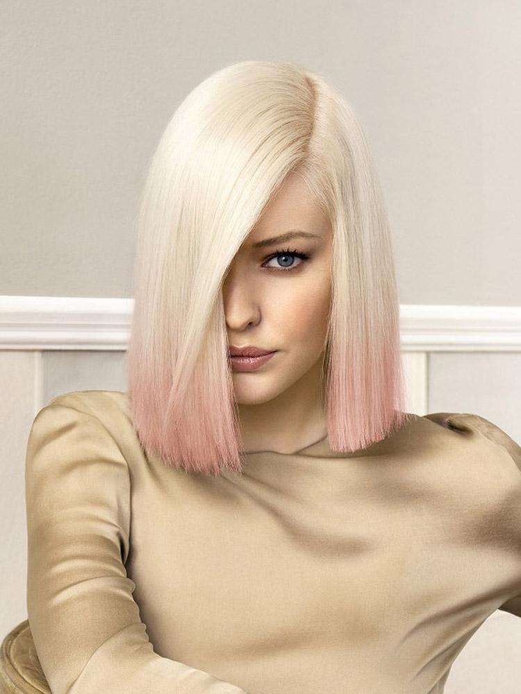 Účesy pro polodlouhé vlasy podzim/zima 2014/2015: Blond lob s probarvenými konci.