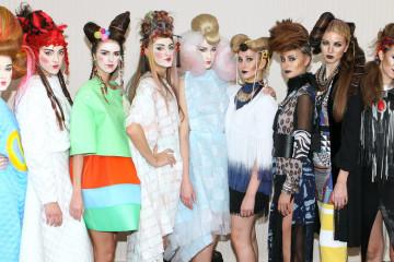 Podívejte se na nejočekávanější vlasovou show v Česku – Picasso Hair Show – a na kolekci účesů předvedenou českou sekcí HCF.