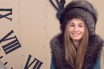 Změna času na zimní je tady a s tím také nové počasí i módní trendy, které volají rovněž po novém účesu. Vyberte si nové zimní střihy 2014/2015!