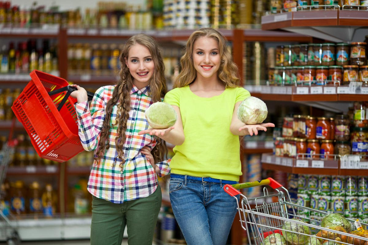 Pro krásné vlasy se musíte naučit správně nakupovat. Jezte zdravě a kupujte zdravé potraviny v bio kvalitě.