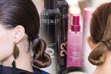 Každý den nemají naše vlasy svůj den a tak se jako inspirace bude hodit účes pro vlasy od Redken z přehlídky Céline. Užijete ho i jako účes na ples!