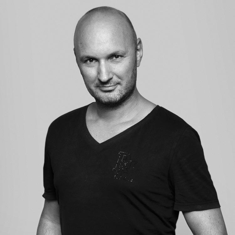 Rostislav Janků – majitel plzeňského salonu LIQUID