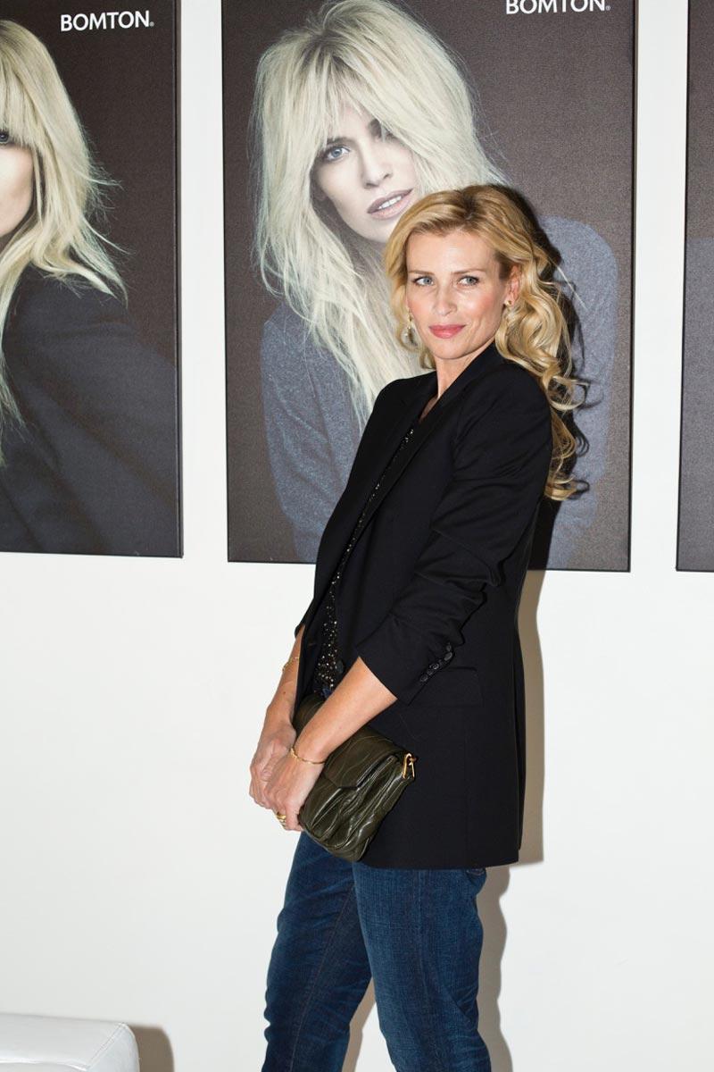 Modelka Daniela Peštová na oslavě dvacátého výročí založení BOMTON studií.