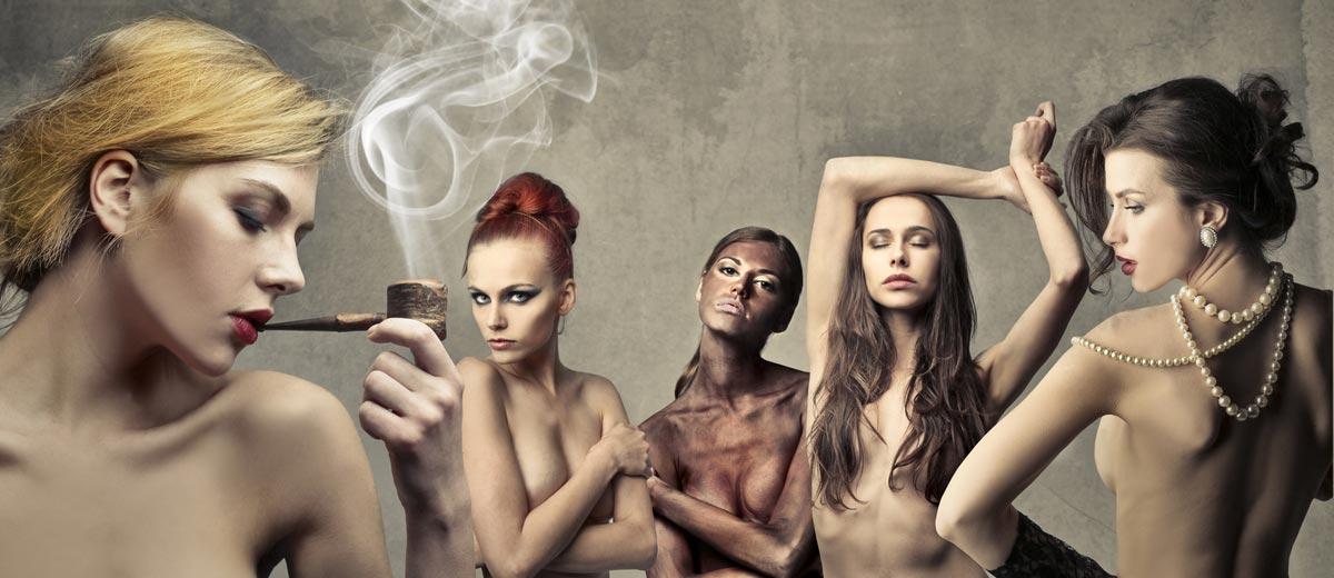 Kouřové líčení – obrovský hit v make-upu předchozích sezón, patří v roce 2015 spíše na vlasy. Ozvláštní blond a umí zamaskovat také první šediny tmavovlásek.