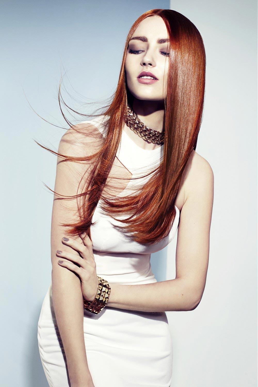 Krásné vlasy může dělat také dokonalá barvy. Účes je z kolekce So Nature Collection.