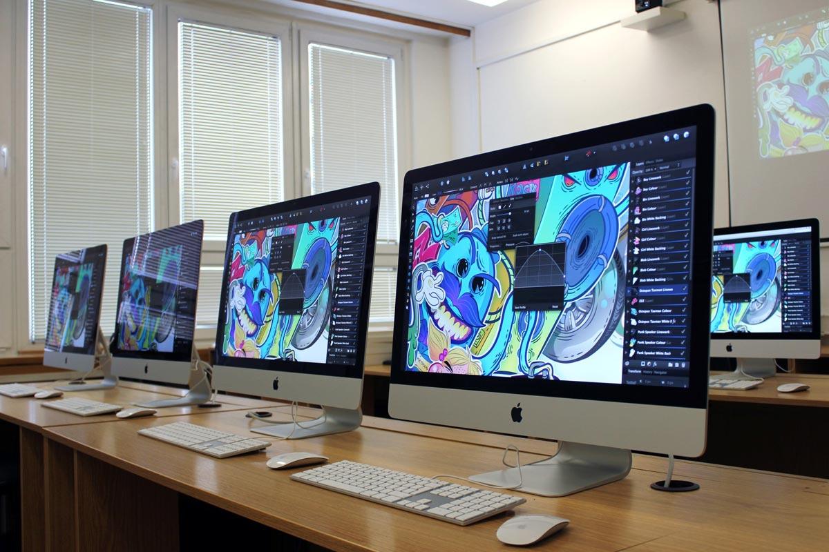 Studujte v Praze obor Multimediální tvorba – naučíte se svůj výtvarný talent aplikovat pro praktické věci!