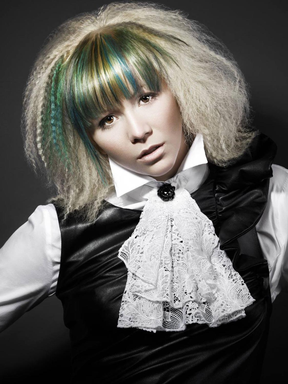 Michal Moučka, Vlasový mág, České Budějovice – nominace v soutěžní kategorii Color Zoom Collection 2015 GLOBAL NEW TALENT COLORIST.