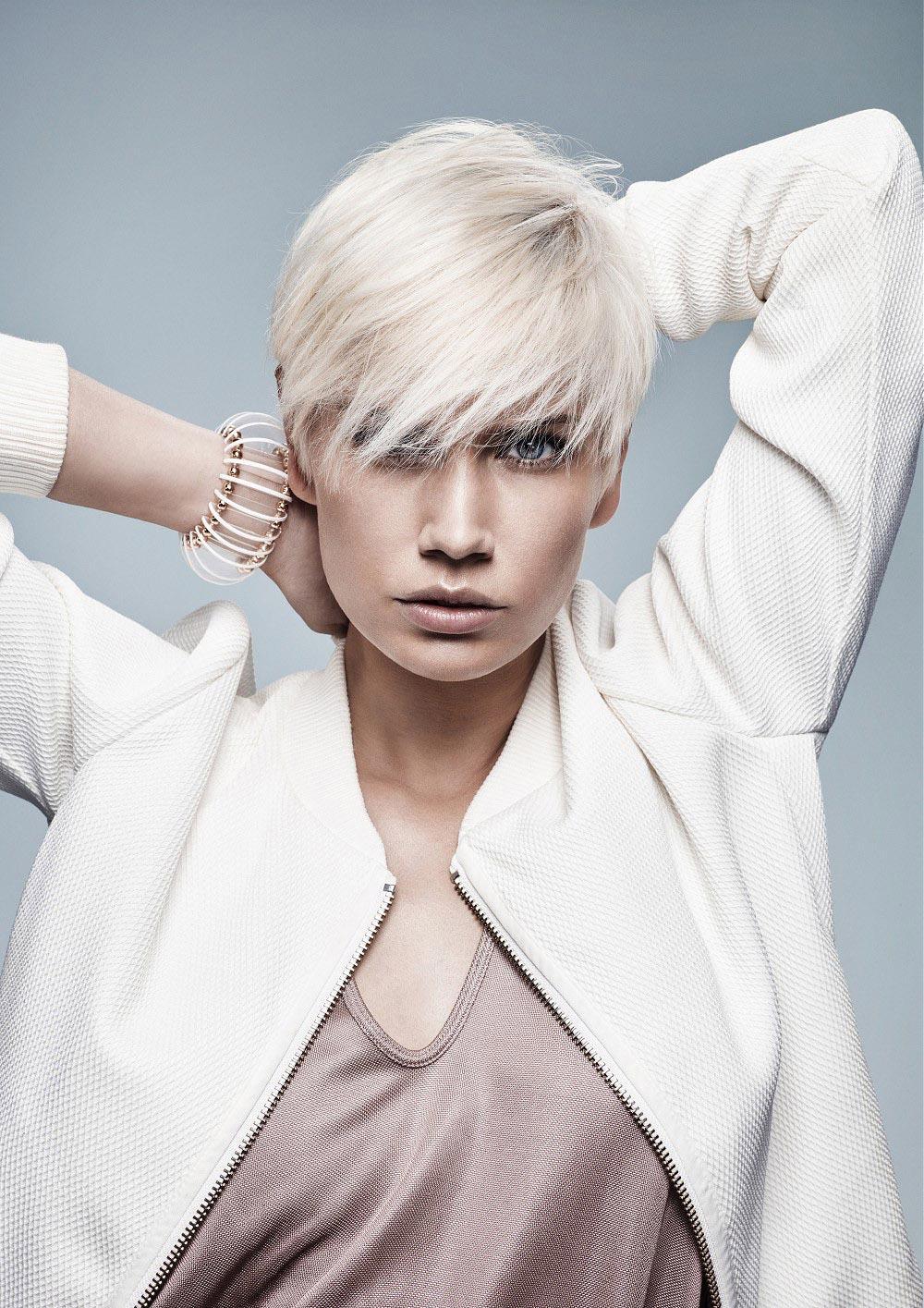 Blond vlasy 2016 – účes je z kolekce Jean Marc Maniatis.