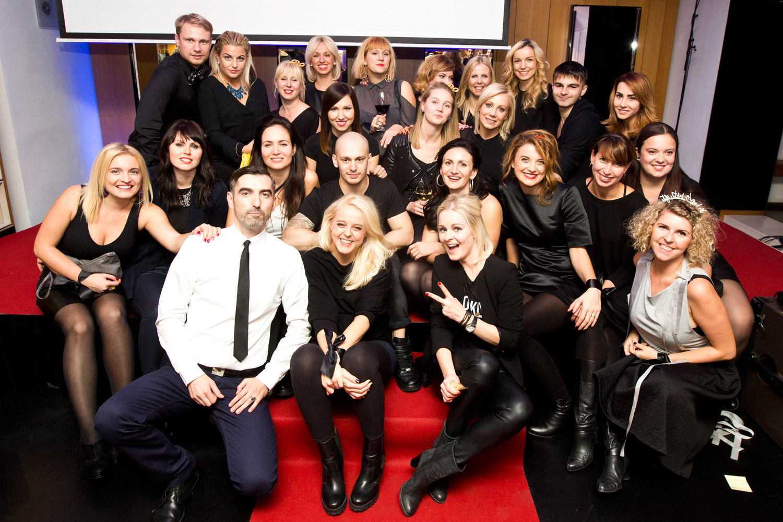 Společná fotka týmu Salonu Petra Měchurová