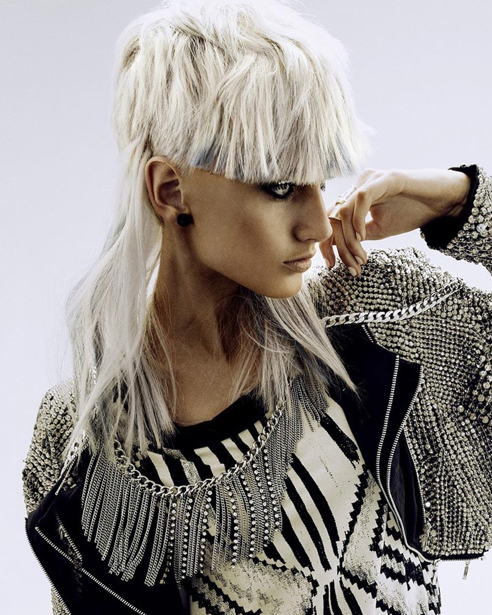 Střihy pro dlouhé vlasy 2016 – Rokk Ebony, Raw Collection (vlasy: Daniella Barca, fotograf: Libby Kinnaird, make-up: Kate Fletcher, styling: Alanna Barca.)