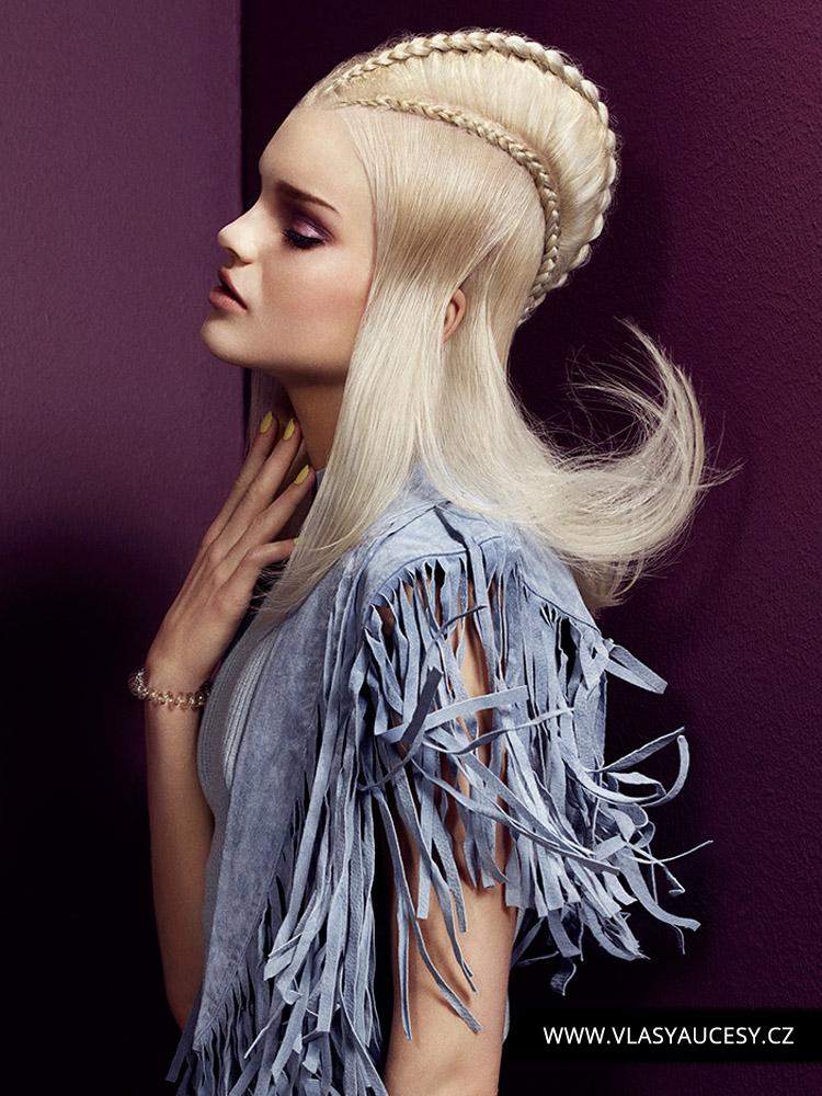 Dlouhé vlasy 2016 jako pletený mohawk. (Suzie McGill / British Hairdressing Awards 2015)