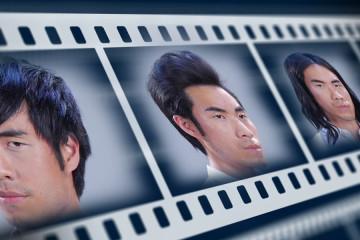 1 muž a 12 účesů – a pak prý že se s vlasy nedá nic dělat! Pojďte se podívat na video, které vás přesvědčí, že s každými vlasy se dá dovádět téměř do nekonečna – a to i pokud jde o účesy pro muže.
