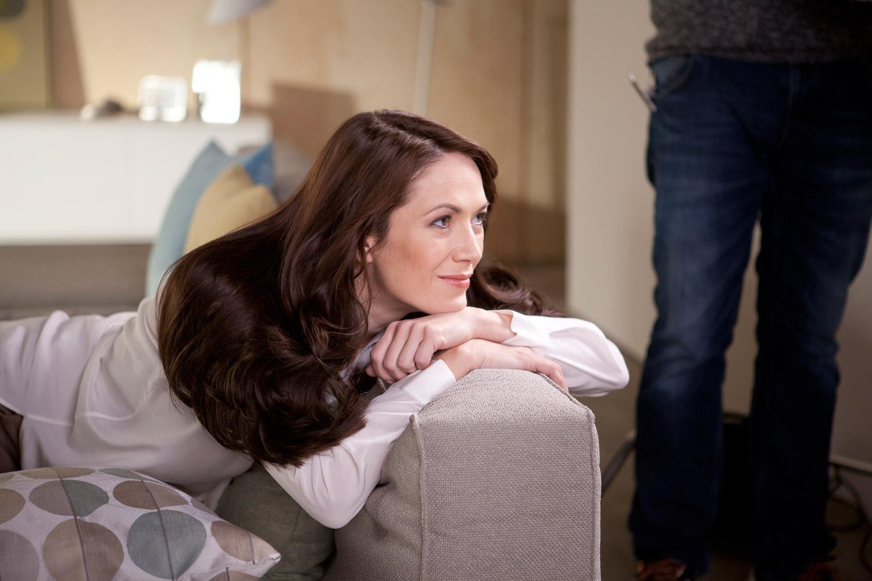 Známá česká herečka Tereza Kostková se stala tváří barev na vlasy pro domácí barvení vlasů se 100% krytím šedin – Garnier Color Naturals.