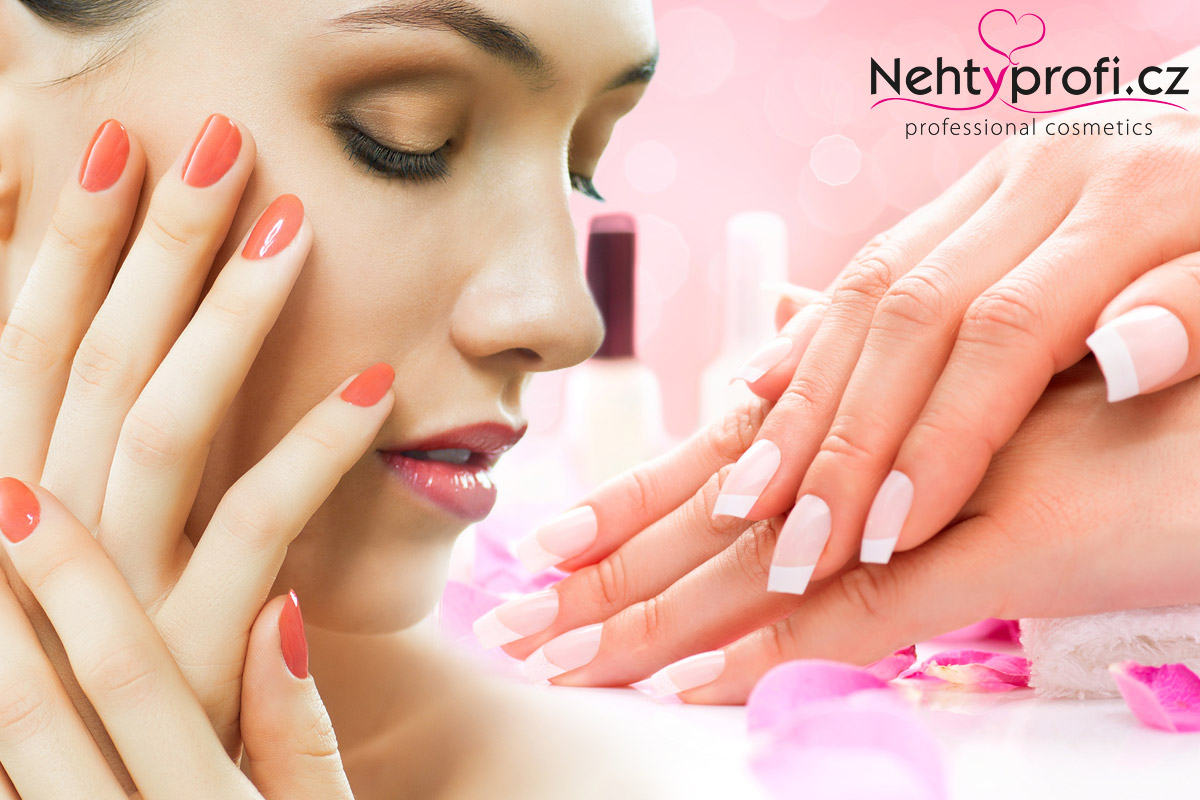 Ruce stárnou mnohdy rychleji než pleť na obličeji. Potřebují speciální péči a jen hezky upravené nehty rozhodně nestačí.