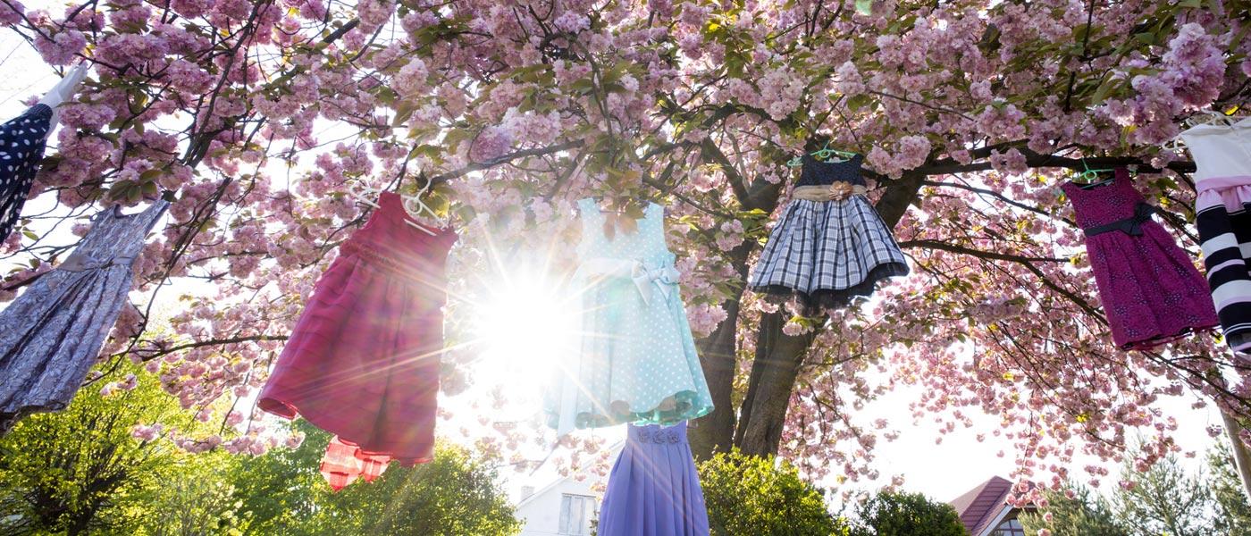 Dodejte svému šatníku spříchodem jara osvěžující jiskru v oblečení z e-shopu Mary-fashion.cz.