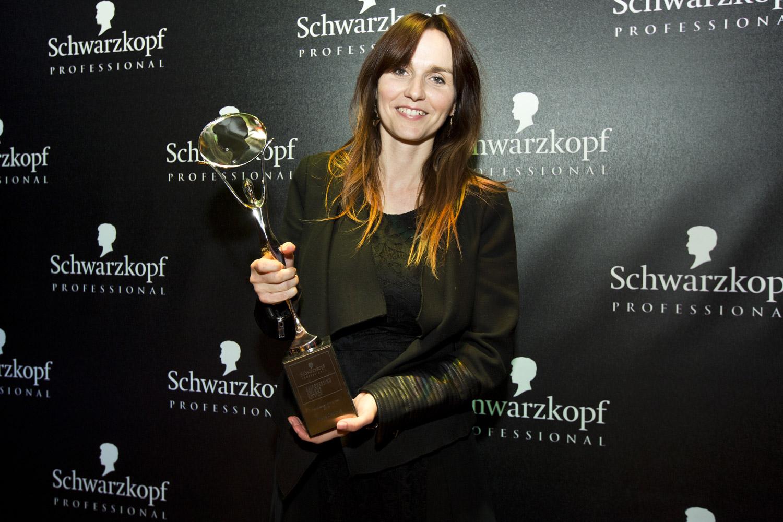Misha Čadková je poslední vítězkou prestižní kadeřnické soutěže Czech and Slovak Hairdressing Awards