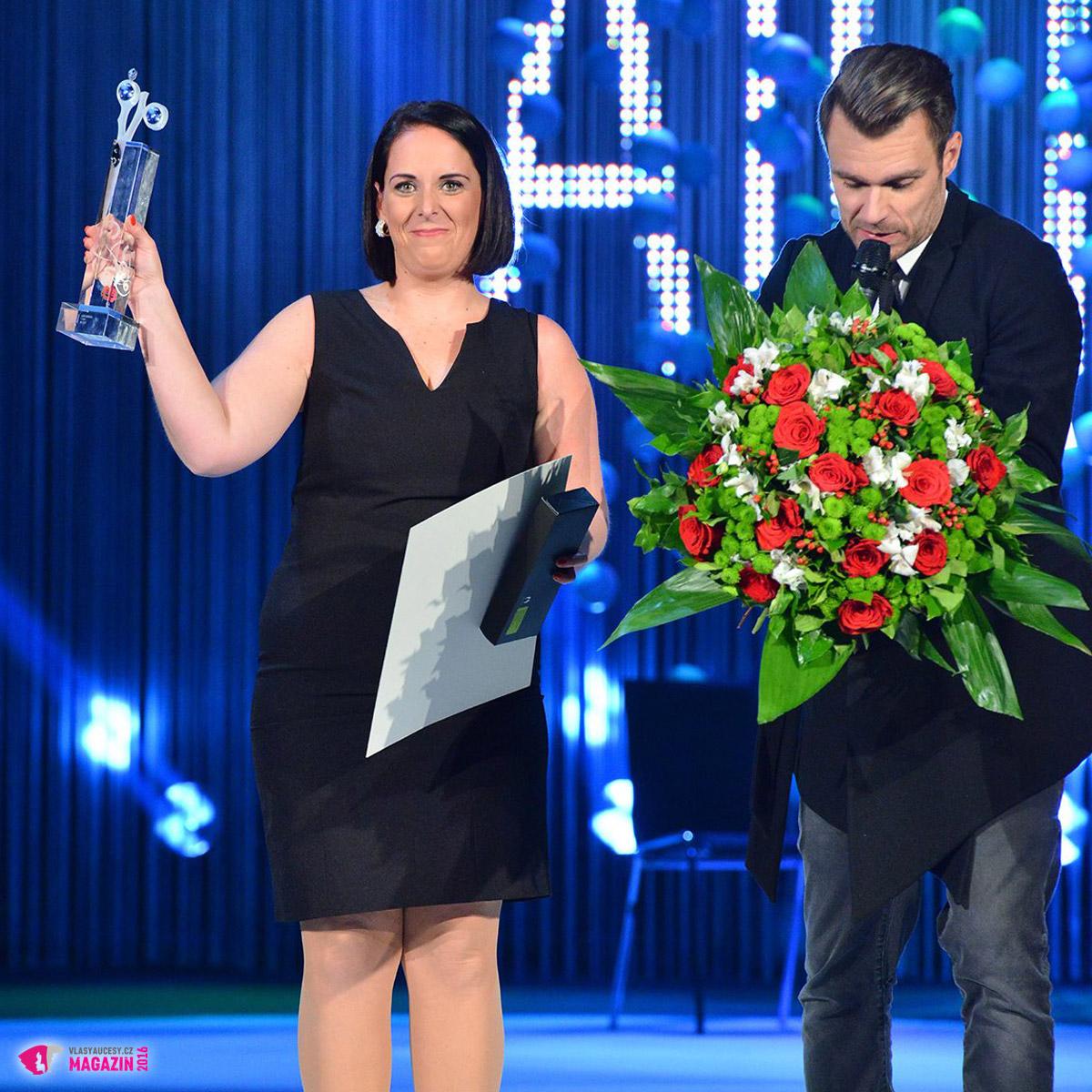 Lucie Ungrová – vítězka kadeřnických proměn AICHI 2015.