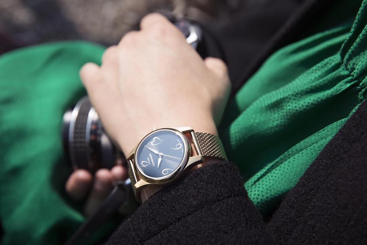 Dámské hodinky Wenger City Very Lady 01.1421.110