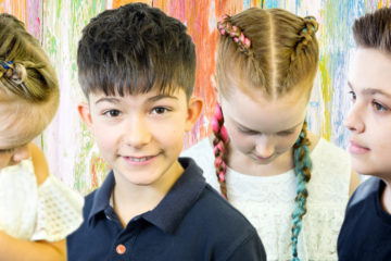 Dětské účesy 2018: Misha/hair Studio představuje kolekci Protiklady s účesy pro dívky a kluky.