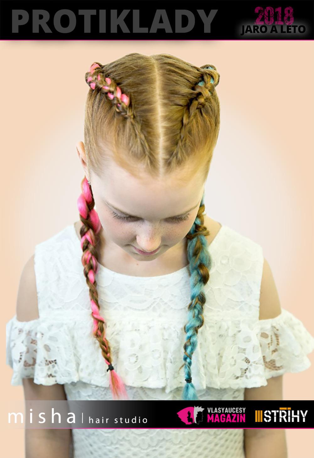 Dívčí účes 2018 z kolekce Protiklady Misha/hair Studio s pletenými copánky.