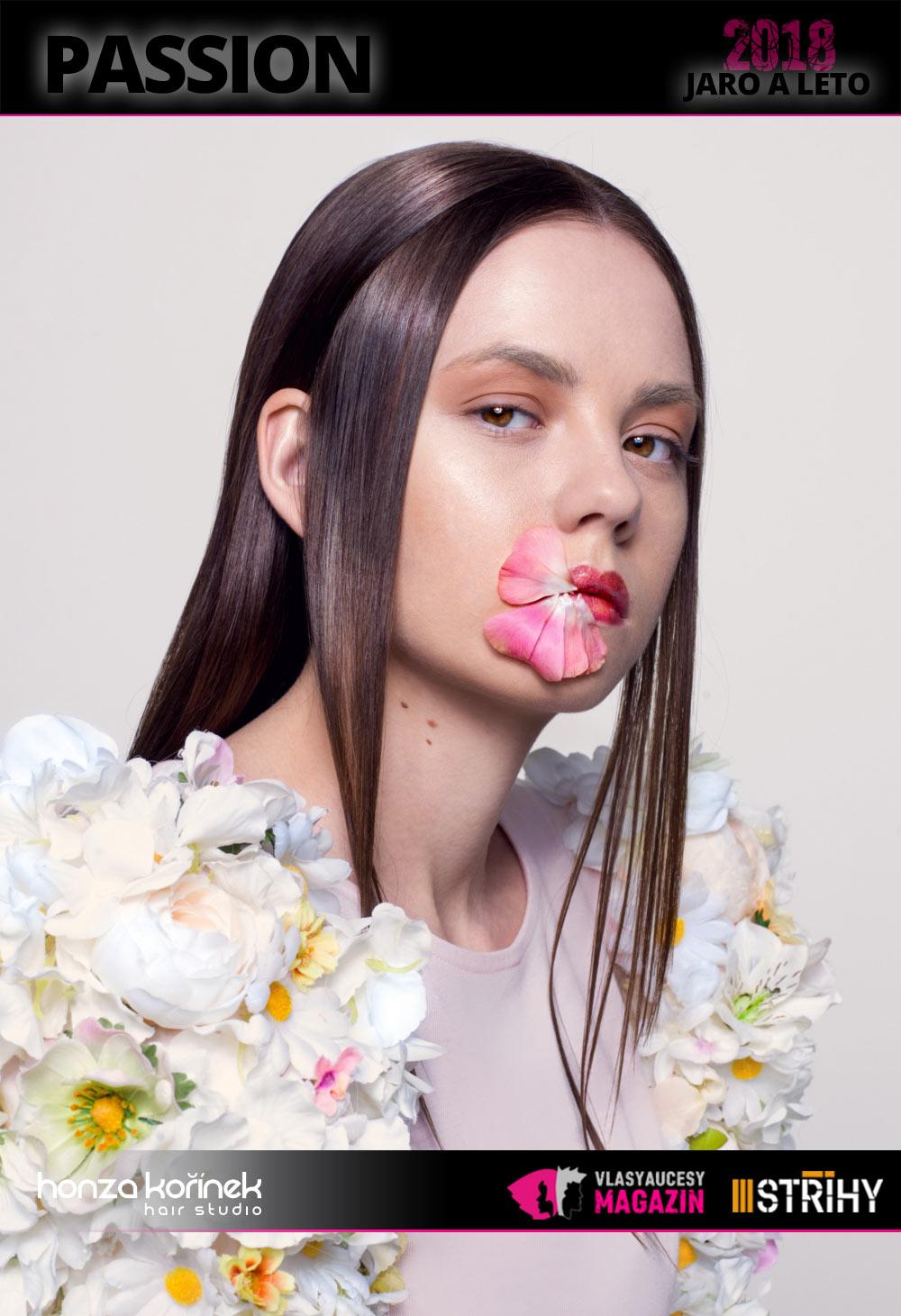 Honza Kořínek: Passion (S/S 2018): Novou kolekci účesů Honzy Kořínka charakterizují všudepřítomné květiny.